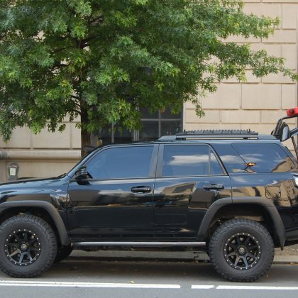 Toyota 4runner with aftermarekt power liftgate